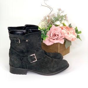 Clarks Black Plaza Float Boots
